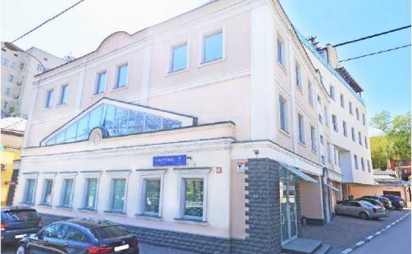 Palazzetto di 607 mq con magazzino di 299 mq in affitto zona Tsvetnoy Bul'var