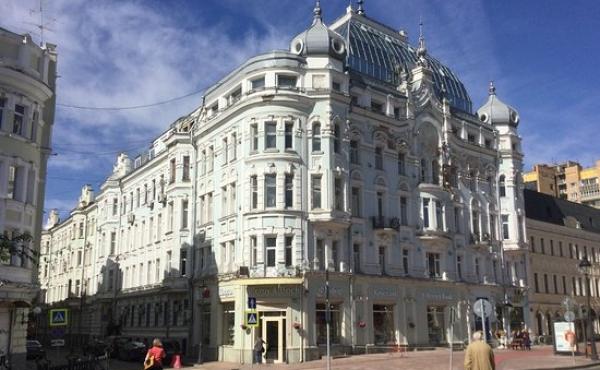 Ufficio in affitto in elegante palazzo su Bol'shaya Nikitskaya