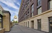 Locali per negozi o show-room in nuovo complesso residenziale zona stazione Moskovsky