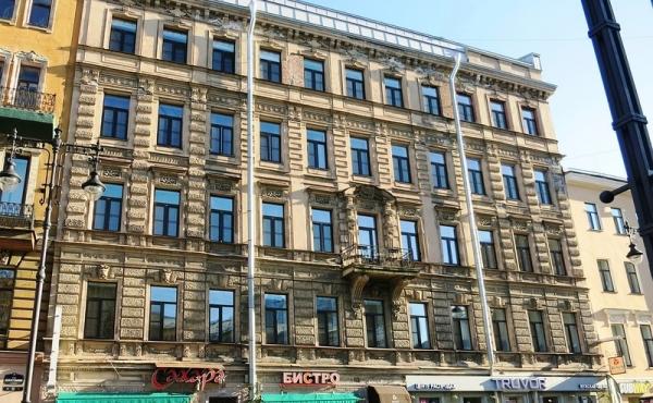 Appartamenti a reddito garantito con gestione alberghiera nel cuore di San Pietroburgo