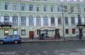 Locale di 85 mq in affitto di fronte alla Cattedrale di Kazan'