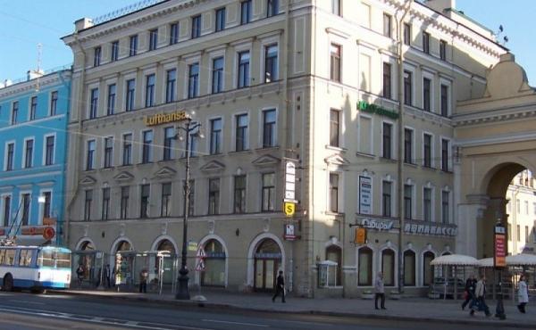 Palazzetto di uffici su Nevsky Prospekt