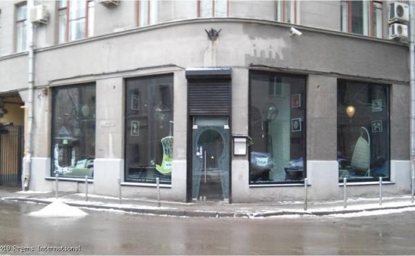 Locale di 189 m2 per ristorazione in zona Chistye Prudy
