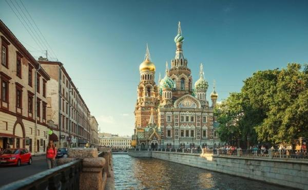 Действующий 4-х звёздочный отель на продажу в Санкт-Петербурге