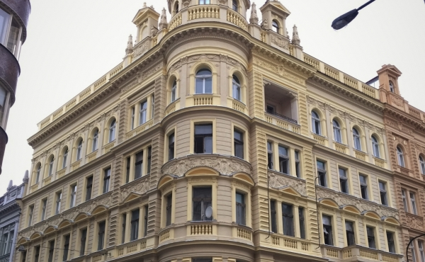 Apartments and retail spaces for sale in beautiful building in Prague 1