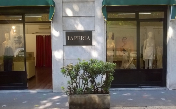 Spazio in affitto per temporary store/showroom in centro a Milano