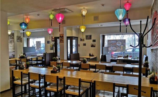 Locale di 170 m2 per ristorazione in zona Dobryninskaya