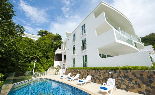Appartamento in vendita nel complesso Kata Ocean View a Phuket