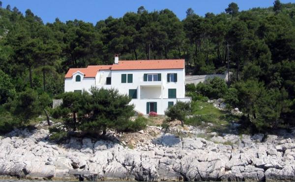 Villa con accesso diretto al mare sull'isola di Korcula