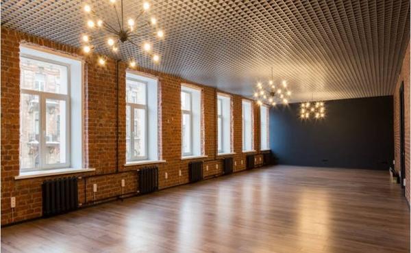 Loft di 196 m2 in affitto in ulitsa Vosstaniya