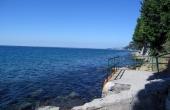 Вилла с бассейном, потрясающими видами и прямым доступом к пляжу на Триестинском побережье