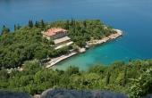 Albergo frontemare da ristrutturare in Croazia