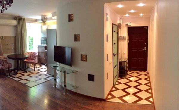 Move-in ready 2-room apartment near Prospekt Mira