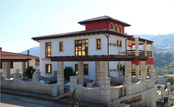 Villa da 6 appartamenti di nuova costruzione in Sardegna