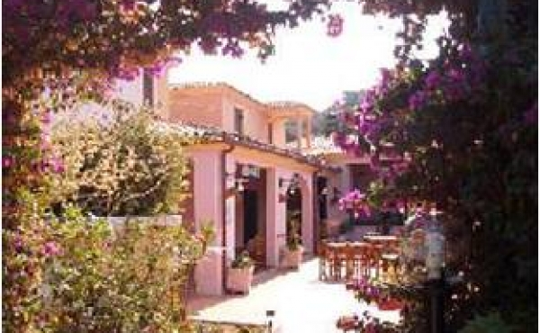 Квартира в курорте Сан Теодоро (рядом с Костой Смеральдой)