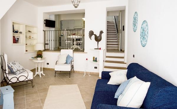 Двухуровневая квартира в историческом центре г.Карлофорте (Сардиния)