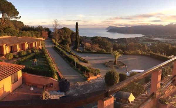 Complesso turistico-ricettivo in vendita sull'isola d'Elba