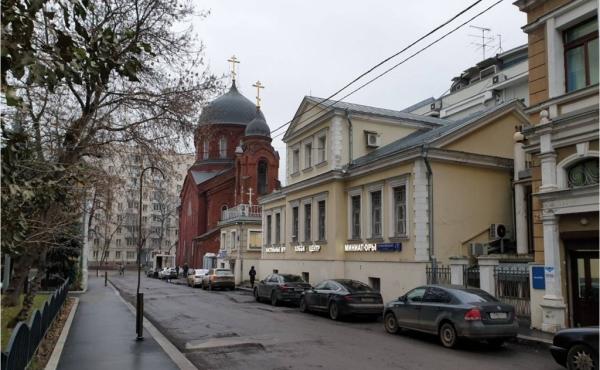 Uffici di piccolo taglio in palazzetto storico zona Paveletskaya