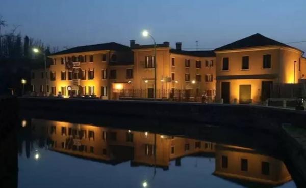 Отель на продажу в 20 минутах езды от центра Венеции