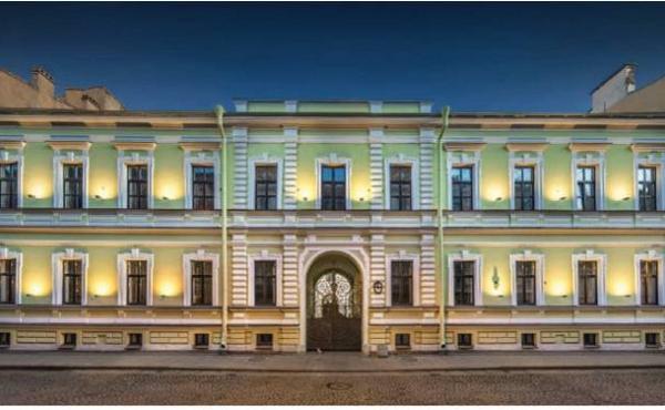 Hotel di ca.80 camere in vendita a San Pietroburgo