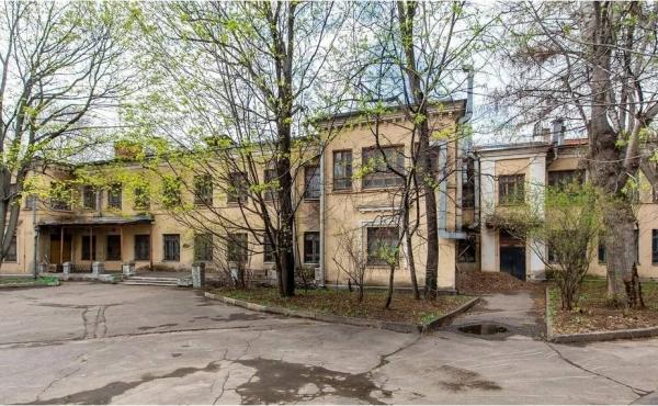 Progetto di riconversione di complesso immobiliare zona Novoslobodskaya