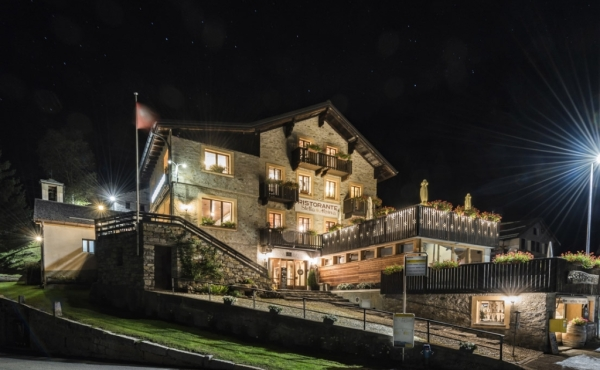 Boutique hotel for sale in renowned ski area in Switzerland